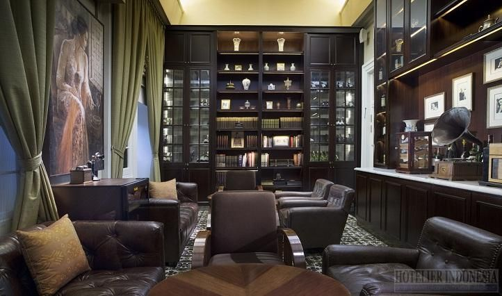 The Cigar Lounge at Hermitage Lounge