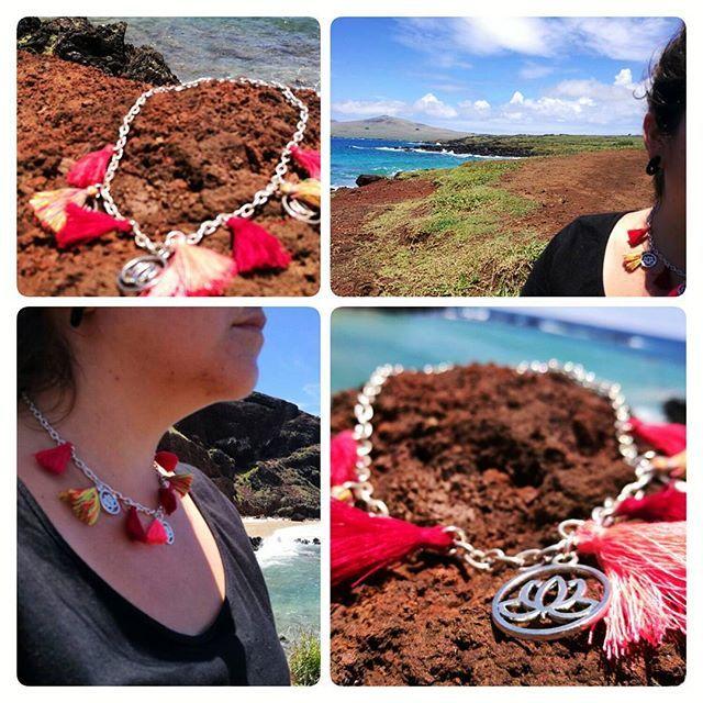 Collar lotos y borlas  El Loto Sagrado representa la pureza de cuerpo y  alma #loto #playa #yoga #yewelry #sagrado #joyas #piedrasnaturales #yantra #ovahe #easterisland #isladepascua