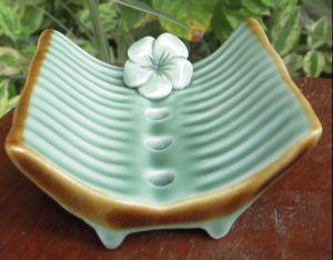 Code: SP07-015 Name: Flower soap lef banana soap celadon