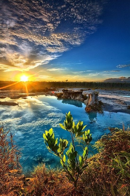 Amazing Snaps: Blue Lake, Indonesia | See more