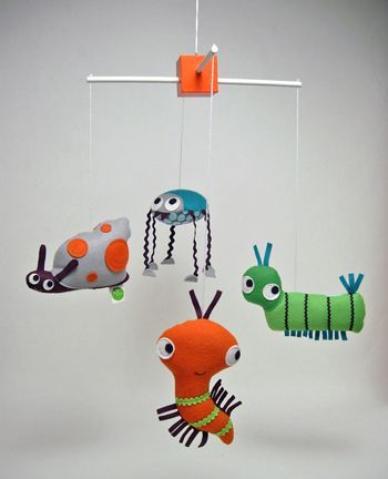 CUTEEEE!!!! Crawling Critters Mobile by Kristin Loffer Theiss #Kids #Mobile #Kristin_Loffer_Theiss