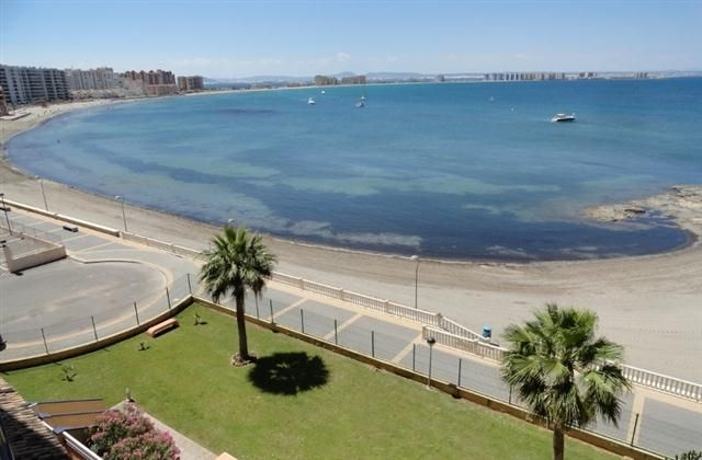 2 Bedroom Apartment in La Manga Del Mar Menor to rent from £333 pw. With balcony/terrace, air con, TV and DVD.