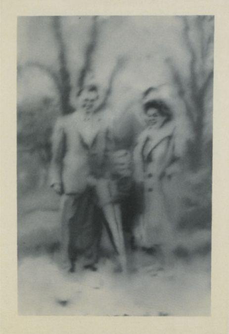 Gerhard Richter, Familie Hötzel (The Hötzel Family) 1966, 76 cm x 50 cm, Oil on canvas