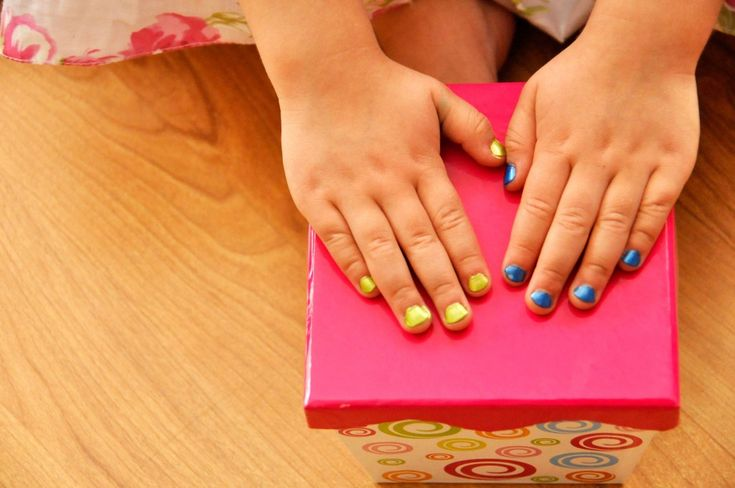 Charmant How To Get Nail Varnish Off Wood Furniture