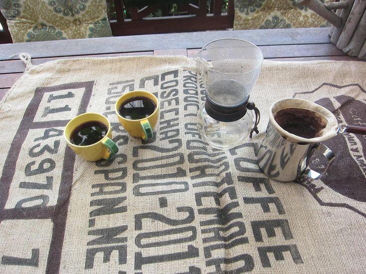 2 nice cup af Kenya coffee