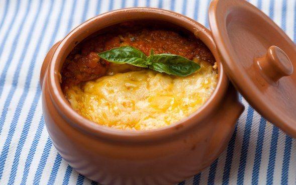 Томатный суп с сырной корочкой