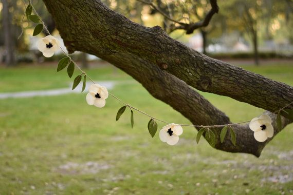 Anemone wedding flower garland with leaves- white poppy garland- fake felt flower garland for decoration