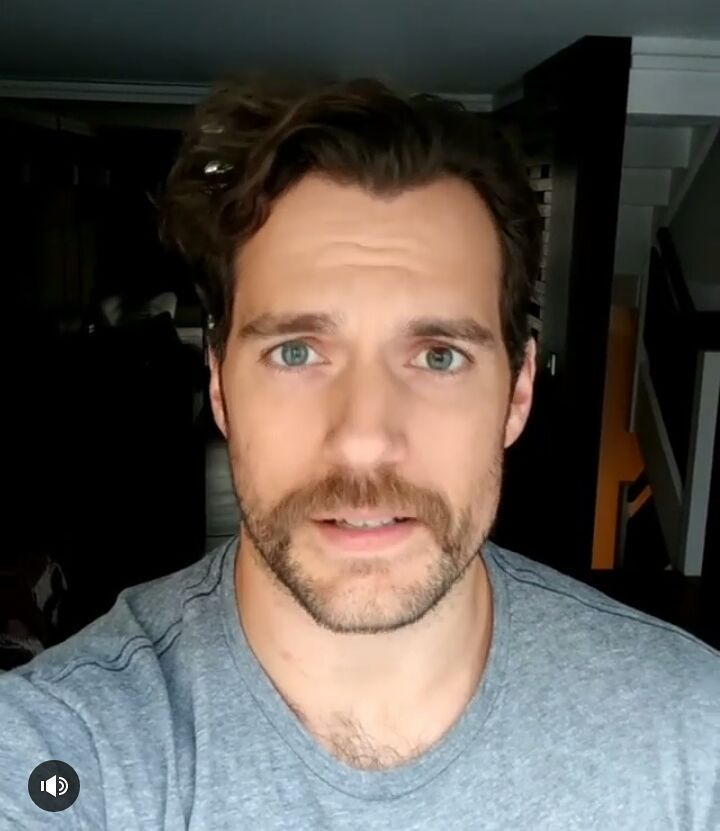 "156 Me gusta, 2 comentarios - Henry Cavill Superman (@henrycavillsuperman) en Instagram: ""These eyes and mustaches are going well together?"""
