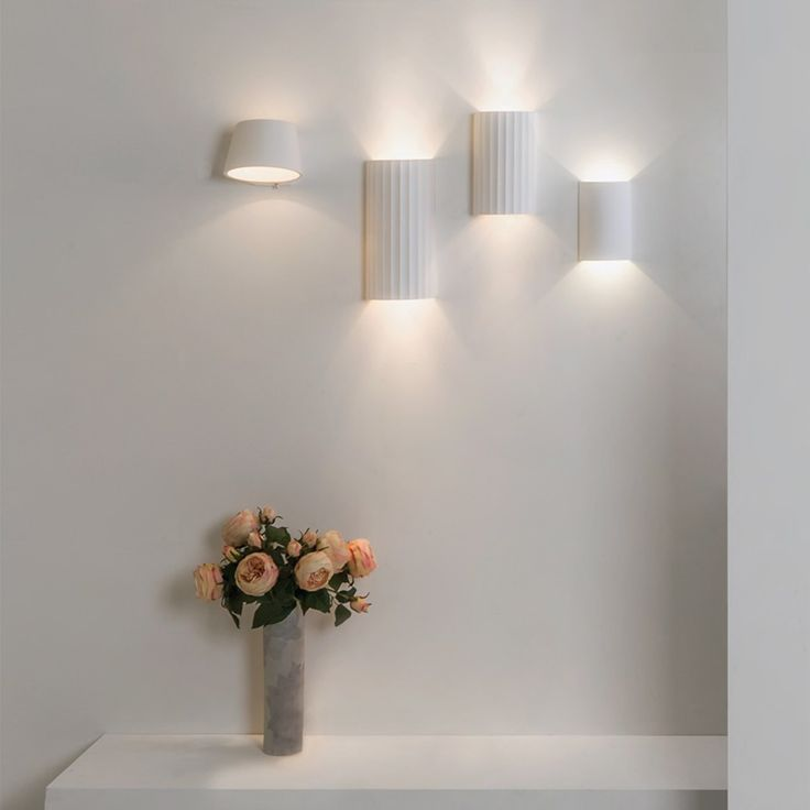 Kymi 220 Vegglampe - Vegglamper - Innebelysning   Designbelysning.no