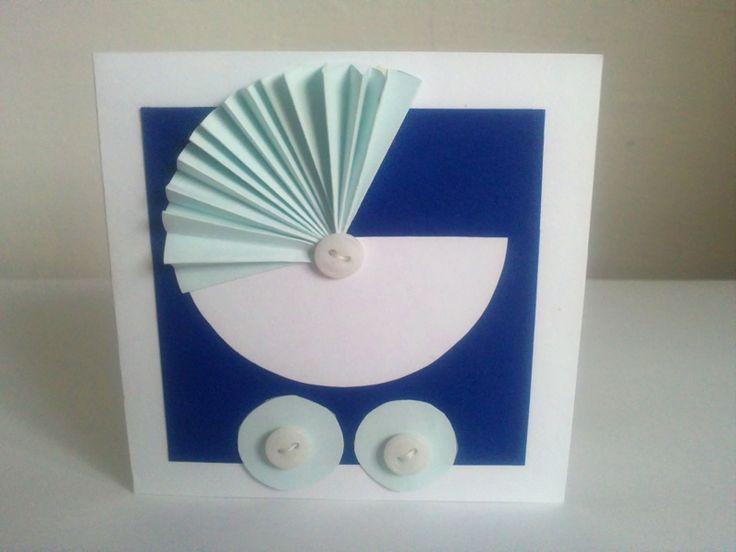 Pro nejmenší otevírací přání 10x10 cm použito - papír, knoflíky možno vyrobit i v jiných barvách, podle přání