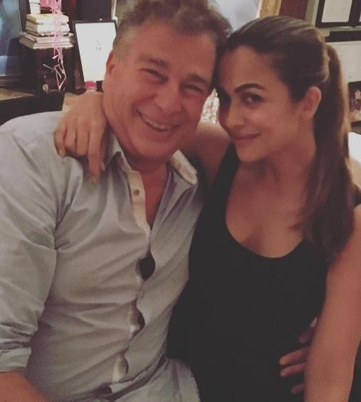 Do You Recognise the Kapoor Posing with Amrita Arora at Kareena Kapoor Khan's Birthday Bash? , http://bostondesiconnection.com/recognise-kapoor-posing-amrita-arora-kareena-kapoor-khans-birthday-bash/,  #AMRITAARORA #DoYouRecognisetheKapoorPosingwithAmritaAroraatKareenaKapoorKhan'sBirthdayBash? #KARANKAPOOR #KareenaKapoorKhan #ShashiKapoor