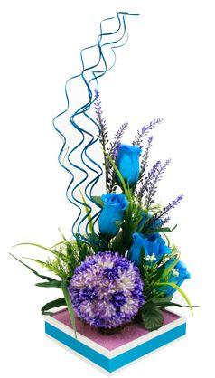 Arreglo de flores para XV años. Manualidades para centros de mesa. Azul