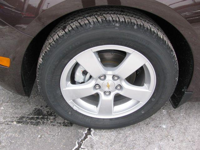 firestone tires 16 aluminum 5 spoke wheels 2015 chevy cruze lt pinterest wheels. Black Bedroom Furniture Sets. Home Design Ideas
