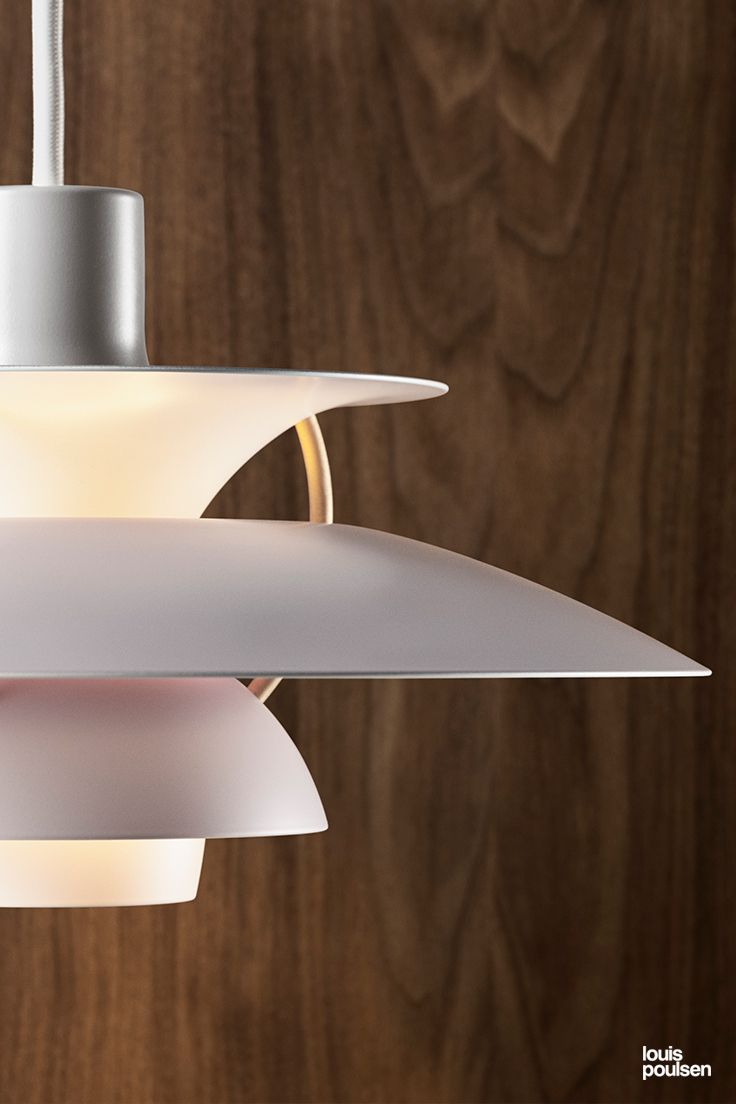 Ph 5 Mini The First Ever Resize Of The World Famous Ph 5 Pendant Poul Henningsen S Ph 5 Light Is Recognised As A Danis Leuchten Von Louis Poulsen Beleuchtung Lampen Und Wohneinrichtung