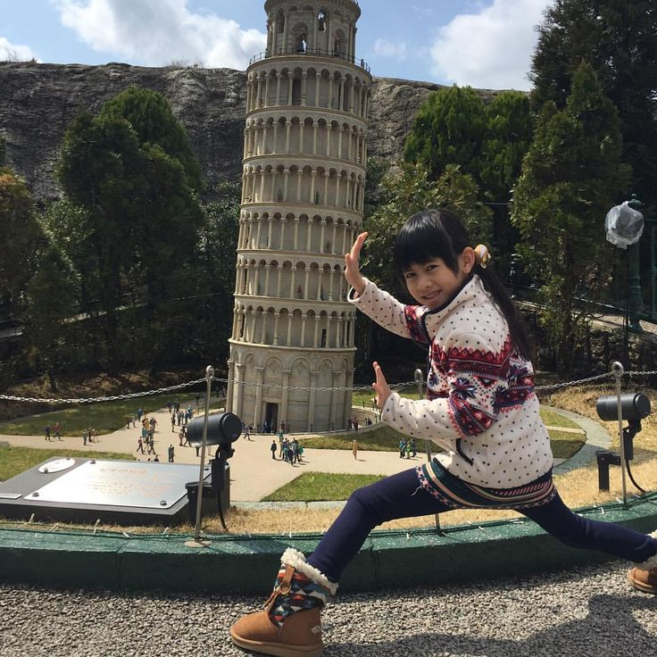 Baby, are u trying to hold the Piazza dei Miracoli? #piazzadeimiracoli #italy #hkig #tobuworldsquare #traveltheworld #tochigi #japan #nikko #travel #travelingram #traveller #travelling #photooftheday #photo #photographer #photography #photogrid #instadaily #daily #instagram #kids #veannachoi