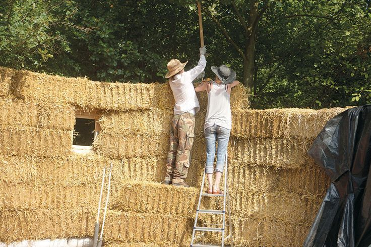 Escape from the city with a weekend house. But not just any old weekend house a straw bale house