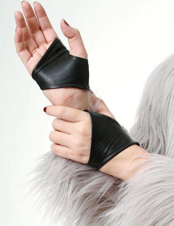 Vera pelle d'agnello mezzo Punk ritagliata guanti di runnickyrun
