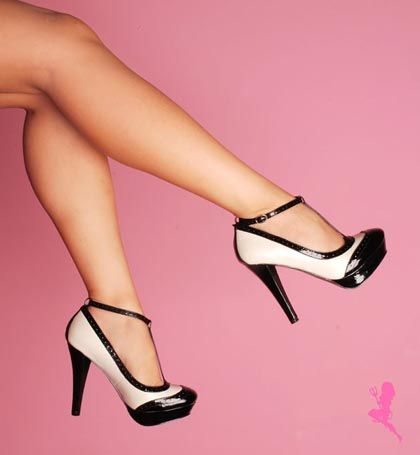 YES. I want these. A lot.  I'm really into pin-up style right now. I just think it's gorgeous.
