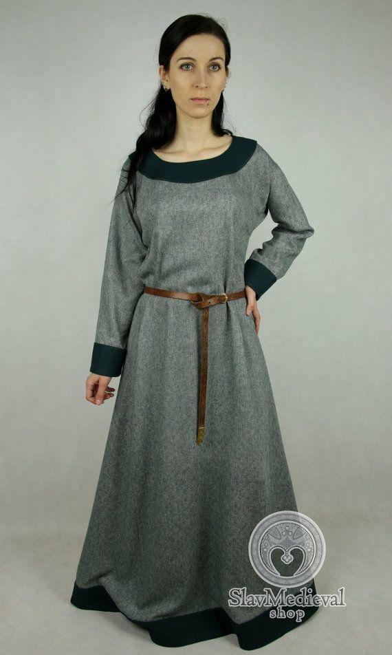 Sale! Vroege middeleeuwse jurk gemaakt van wol. Maat S/M en L klaar voor verzending! Viking gewaad Cote gewaad Viking kostuum, wederopbouw.