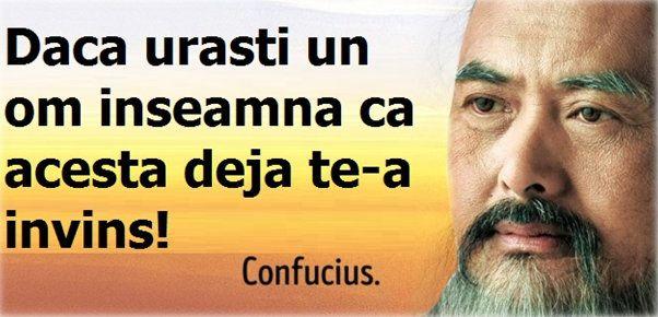 Confucius este cunoscut ca fiind unul dintre cei mai mari filozofi care au trait vreodata.    S-a nascut in China in anul 551 I.Hr si, de-a lungul vietii sale, s-a dedicat in totalitate scrierilor - pastrate in