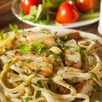 Snel Pastagerecht Met Garnalen, Knoflook En Kruiden recept | Smulweb.nl