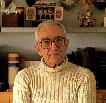 Leo Lionni  http://edu.glogster.com/media/5/30/77/22/30772226.jpg