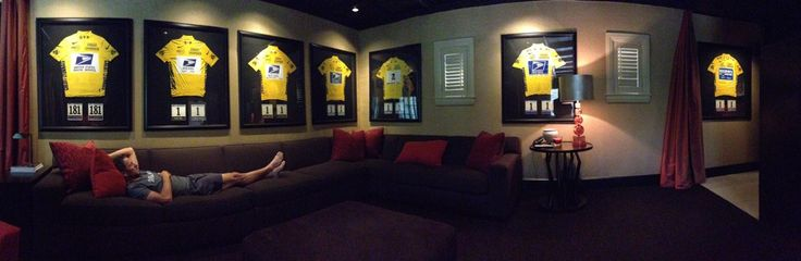 Lance #Armstrong posted this picture on his twitter account. Good or bad choice?