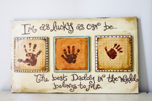 Ceramic tiles personalized from the heart. I can think of a couple of little hands that can make this for their Daddy, with just a wee bit of help from MeMe!