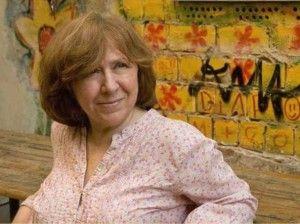 """La donna del mese: Svetlana Aleksievič autrice del libro """"Preghiera per Chernobyl"""" premio Nobel per la letteratura 2015"""