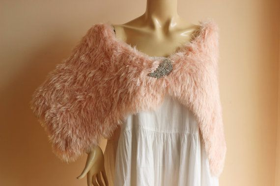 Faux Fur Bridal Capelet with Pin / Wedding Wrap Shrug