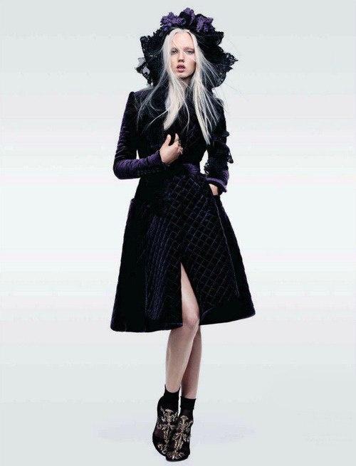 Lindsey Wixson   Sharif Hamza #photography   Vogue China October 2012