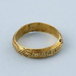 "Medieval Posy Ring in Gold  ""Wonderful Medieval ring made of high grade gold in circa 1450. The ring is hollow cast gold and perfectly plain on the inside. The outside has a very attractive decoration interspersed with a Norman French inscription which probably translates as ""Hold fast true""."