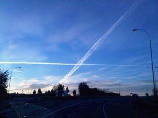 Cielo sobre el cruce a Nueva Braunau