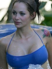 #Celebrity #Jessica #Jane Clement showing her sexy body and huge boobs.