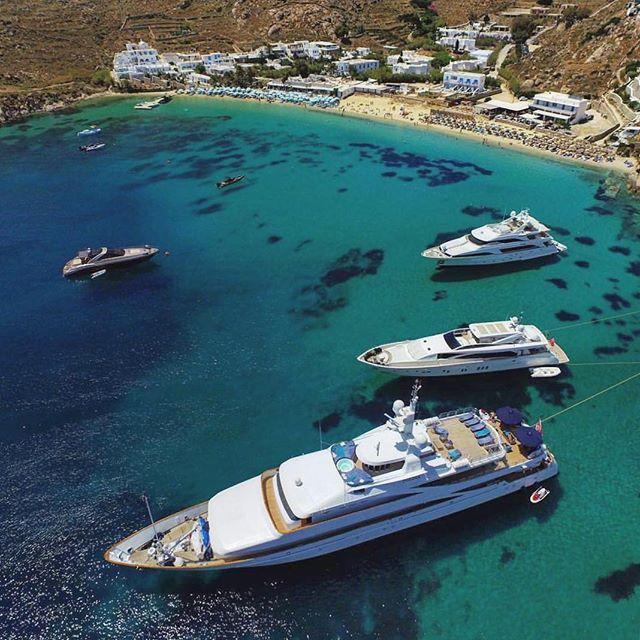 island of Mykonos (Μύκονος)  The famous Psarou beach