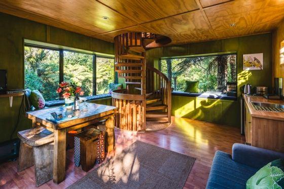 Ahhh! The Treehouse in Waiheke Island... | www.bookabach.co.nz/9335