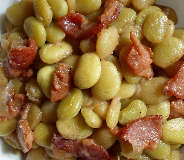 Pressure Cooker Buttery Lima Beans with Bacon
