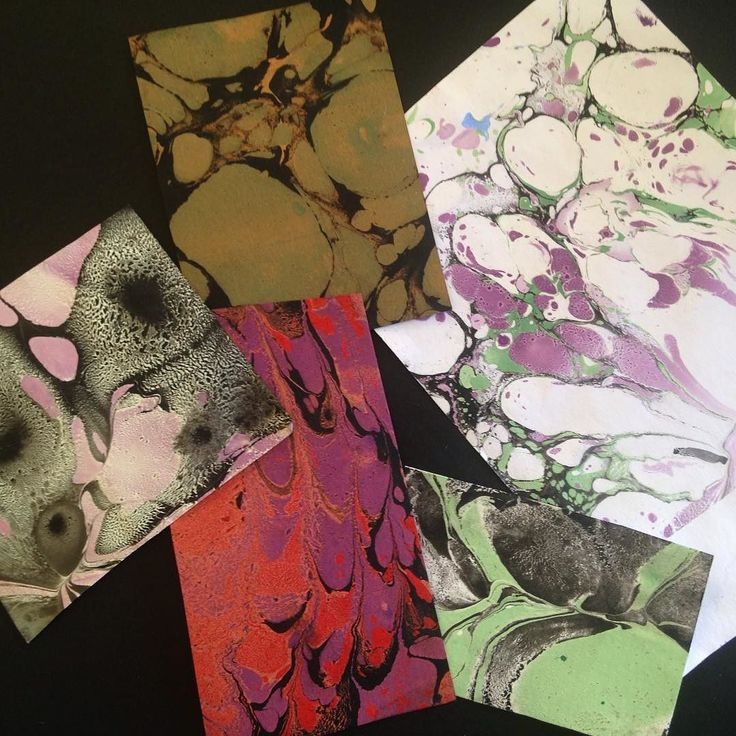 Egne papirtest til marmorering på papir