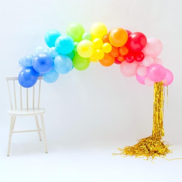 Best 25 balloon garland ideas on pinterest baloon for Balloon arch decoration kit