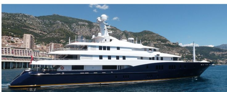 super yacht C2 owned by Ronald Perelman