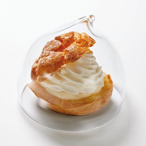 シュークリームとおにぎり専用のクリアケース「ヤムヤムカバー 」がおすすめ。形がかわいい。保存用に。
