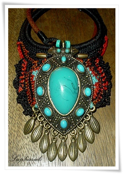 NECKLACE BY EVE