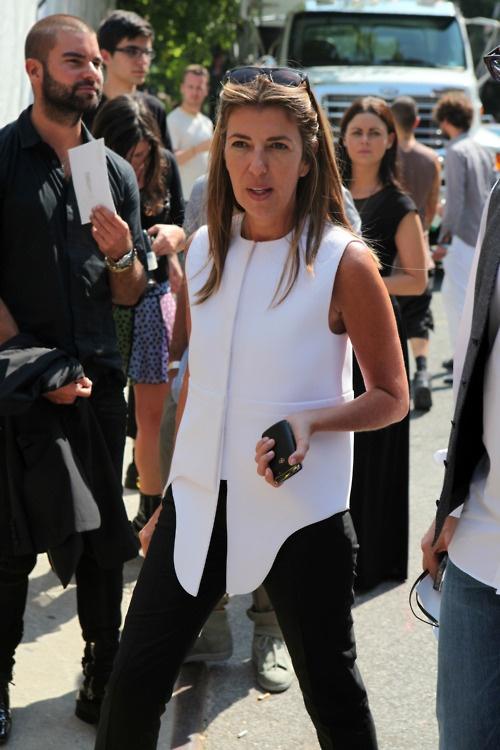 Nina GarciaWomen Fashion, Celeb Style, Woman Fashion, Street Style, Style Heavens, Balenciaga Vest, Work Style, Chic Elements, Chic Tops