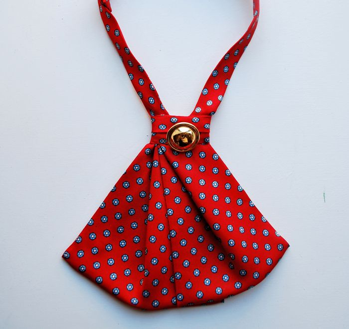 Ginger Root lady tie