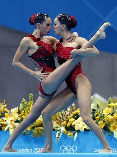 Andrea Fuentes Fache and Ona Carbonell Ballestero of Spain compete in the synchronised swimming duet free routine preliminary