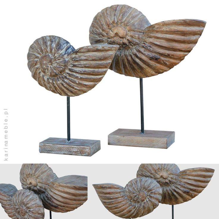 """Oryginalne drewniane dekoracje """"Muszle"""" to element który urozmaici wygląd wnętrze. Są bardzo eleganckie i sprawdzą się w aranżacjach marynistycznych, loftowych lub vintage. Prowadzimy meble industrialne z indii, wszystkie meble i dekoracje można oglądać na naszym stronie karinameble.pl. Zapraszamy"""