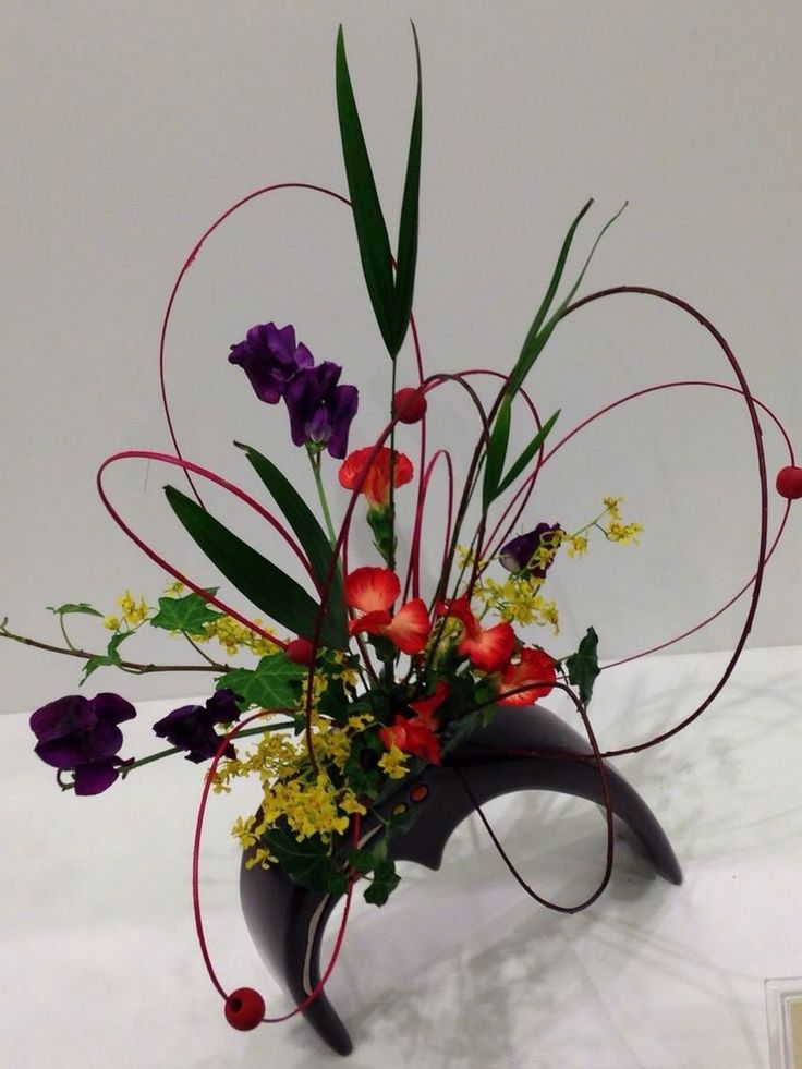 536 Best Images About Artistic Floral Designs On Pinterest
