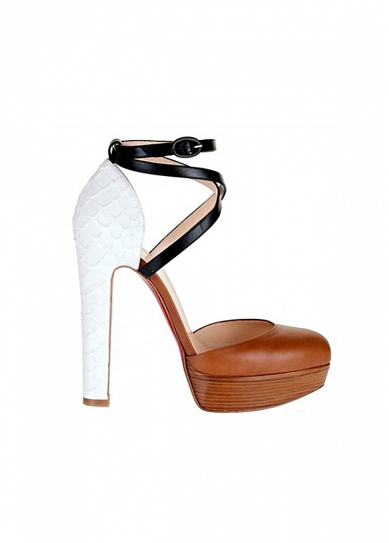 Soft Sheep Leather High Heel Closed Toe . Need these!