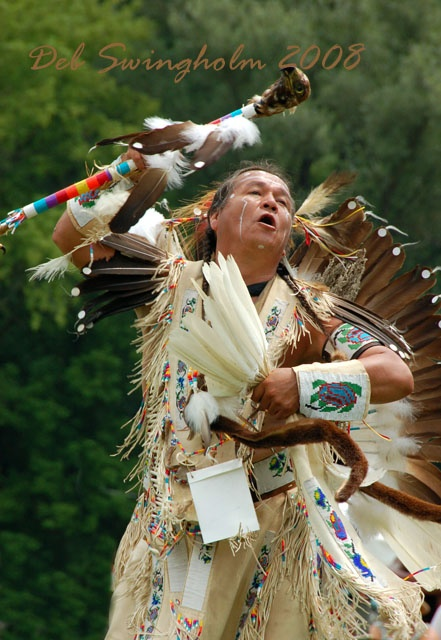 odanak women Roger is a member of elnu abenaki tribe he has been learning and practicing , the skills and arts of his he has been learning and practicing , the skills and arts of his anscesters since he was a child he's an accomplished wabanaki singer, storyteller, native historian, speaker of.