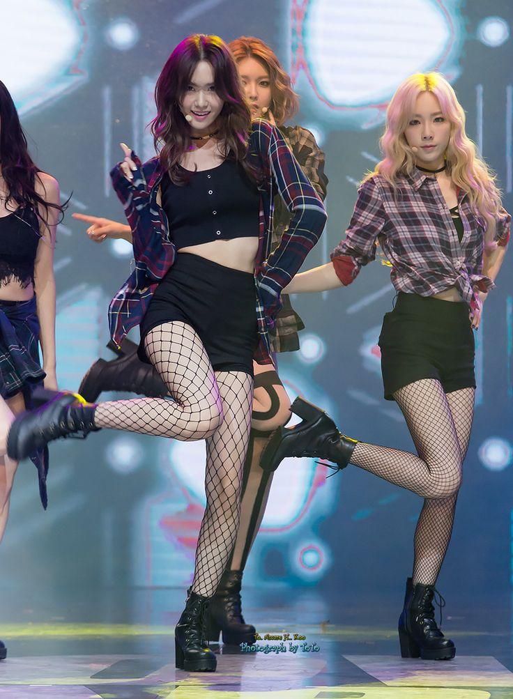 Yuri kwon snsd rose 21cum legs - 1 part 9